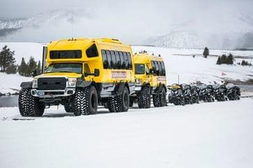 Snowcoach tours in Yellowstone National Park